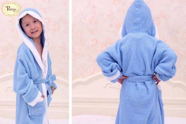 Áo choàng tắm Poêmy cho bé chinh phục những thị trường khó tính nhờ chất lượng vượt trội.